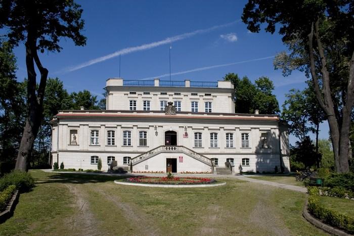 Das Schloss in Włoszakowice