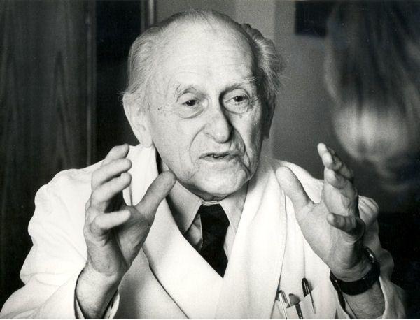 Herb Dega Wiktor (1896-1995)