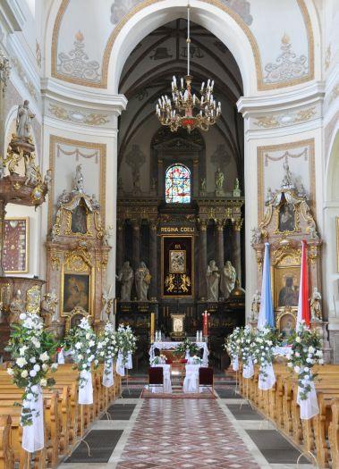 Hauptschiff in der Himmelfahrtskirche in Kalisz
