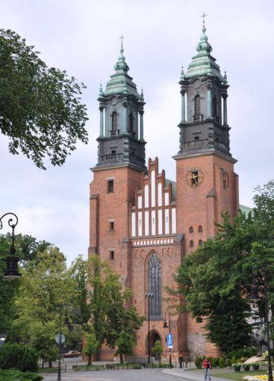 Die Erzbischöfliche St.-Peter-und Paul-Kathedrale in Poznań (Posen)