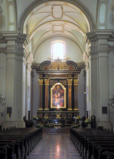 Mittelschiff in der Karmeliterkirche St. Josef in Poznań
