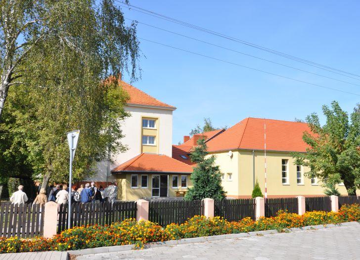 Die Schule in Potarzyca