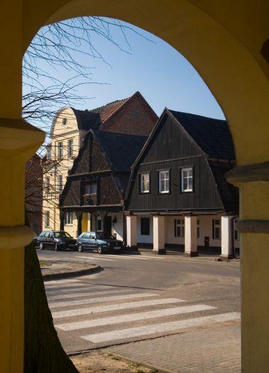 Chaty podcieniowe w Rakoniewicach