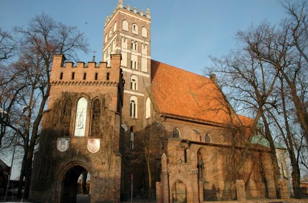 Herb Die Kirche Mariä Himmelfahrt in Środa Wielkopolska (dt. Schroda)