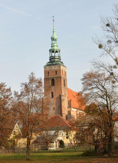 Die Kirche Mariä Himmelfahrt in Śrem (dt. Schrimm)