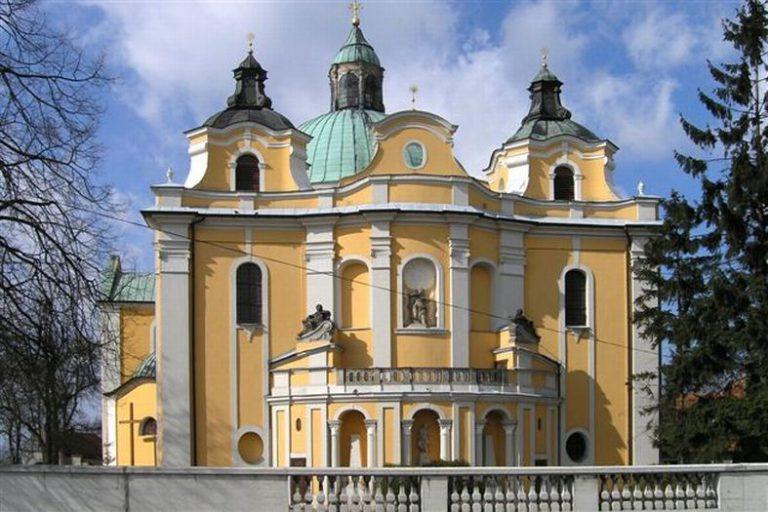 Kościół pw. Wniebowzięcia NMP w Trzemesznie