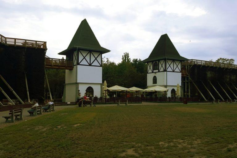 Park Solankowy - tężnie w Inowrocławiu
