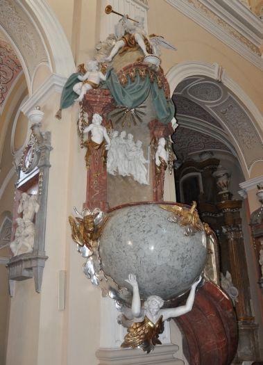 Ambona w kościele w Borku Wlkp.