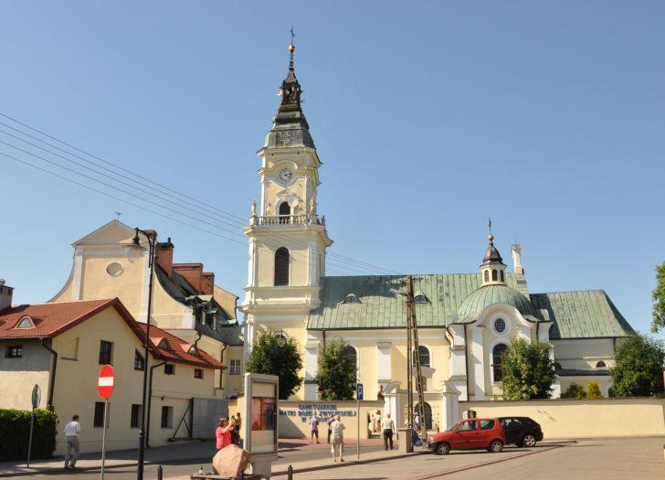 Herb Kościół klasztorny paulinów pw. św. Wojciecha Biskupa i Męczennika w Brdowie
