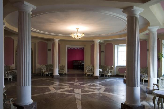 Pałac w Czerniejewie - wnętrza