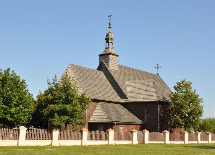 Kościół z Wartkowic w skansenie w Dziekanowicach