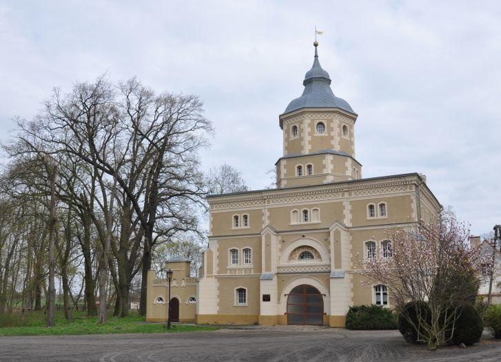Pałac w Golejewku - dawna wieża