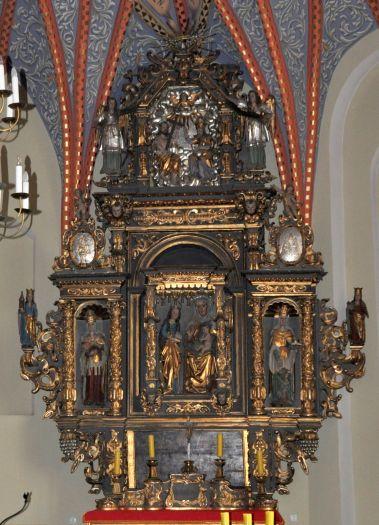 Kościół farny w Gostyniu - ołtarz w kaplicy św. Anny