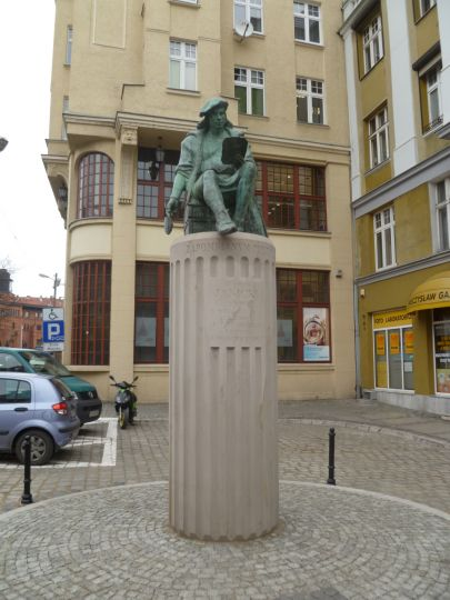 Pomnik Klemensa Janickiego w Poznaniu