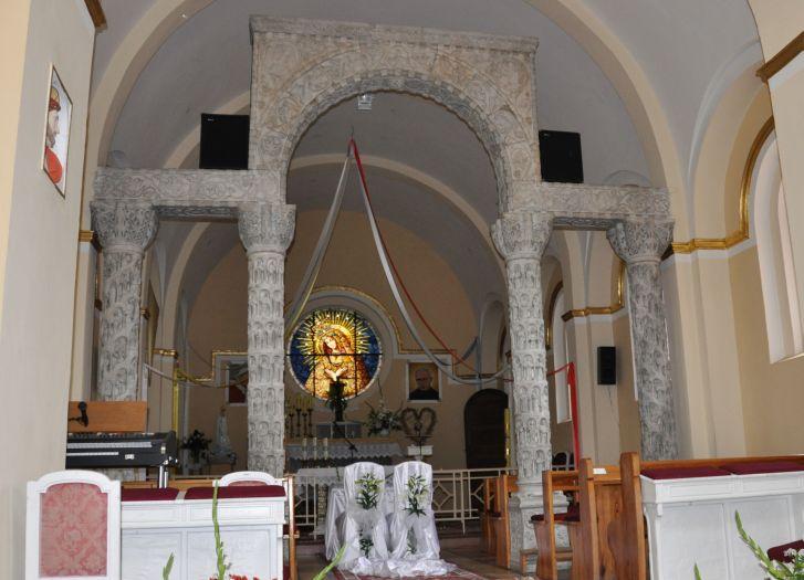 Kaplica - mauzoleum Radziwiłłow w Atoninie