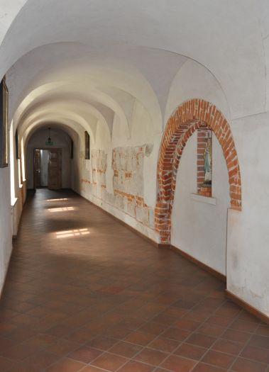 Krużganki klasztorne w Kole