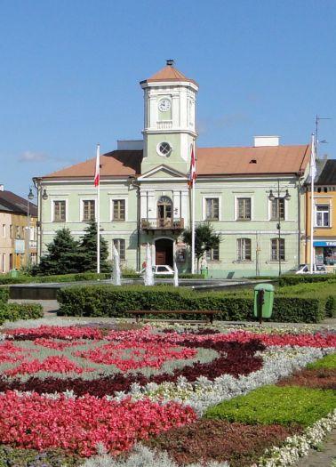 Ratusz w Turku - siedziba Muzeum Rzemiosła Tkackiego