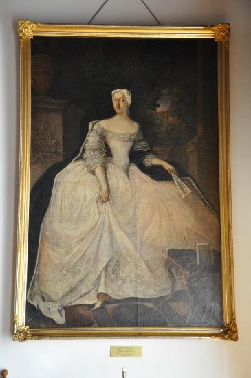 Biała Dama - Portret Teofili z Działyńskich Szołdrskiej Potulickiej w kórnickim zamku