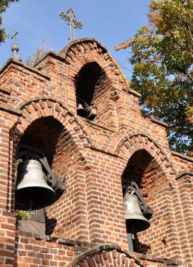 Przykościelna dzwonnica w Kowalewie Opactwo