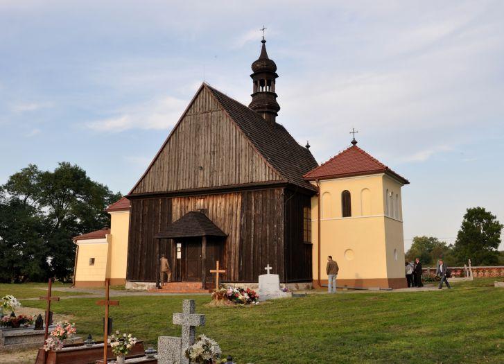 Herb Kościół pw. Narodzenia NMP w Lgowie