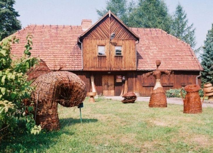 Herb Muzeum Wikliniarstwa i Chmielarstwa w Nowym Tomyślu