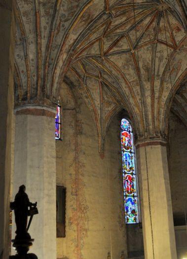 Wnętrze kościoła pw. Świętej Trójcy w Nowym Mieście nad Wartą