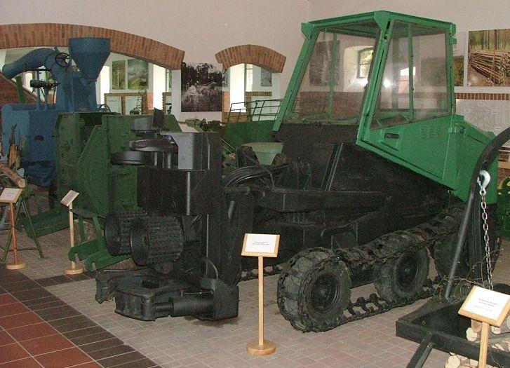 Ośrodek Kultury Leśnej w Gołuchowie- ekspozycja muzealna
