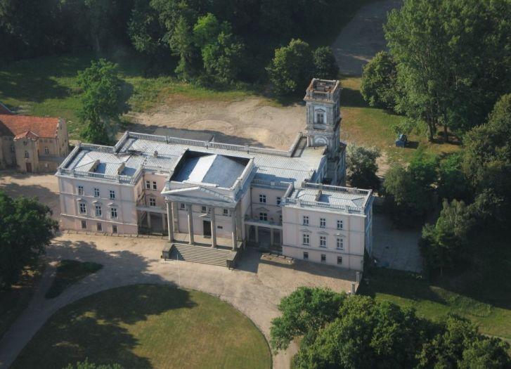 Pałac w Miłosławiu