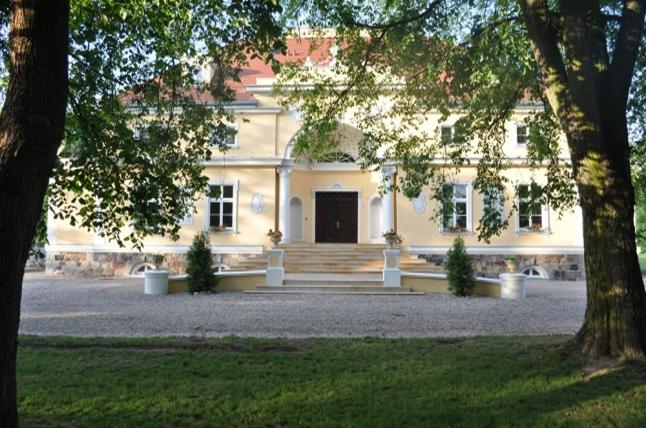 Herb Pałac w Bugaju