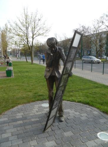 Pomnik Krzysztofa Komedy Trzcińskiego w Poznaniu