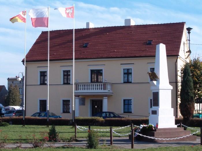 Herb Ratusz w Pogorzeli