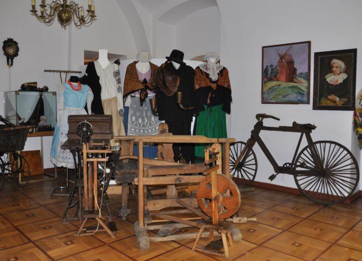 Fragment ekspozycji Muzeum Ziemi Rawickiej w Rawiczu