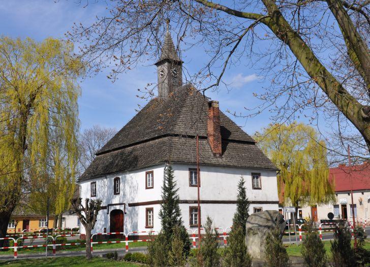 Herb Ratusz w Rostarzewie