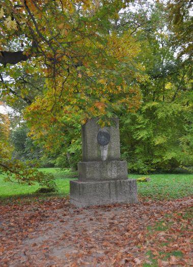 Pomnik Adama Mickiewicza w Śmiełowie