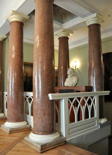 Ołtarz masoński w pałacu w Śmiełowie