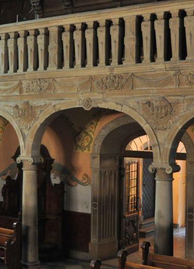 Fragment renesansowego chóru w kościele w Smogulcu
