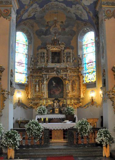 Ołtarz główny w kościele pw. św. Katarzyny w Smogulcu