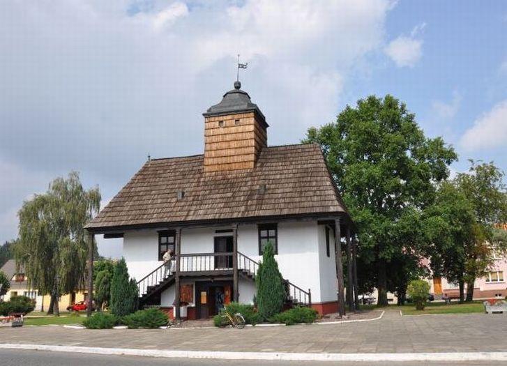 Herb Ratusz w Sulmierzycach