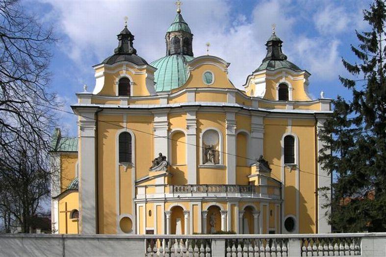 Herb Kościół pw. Wniebowzięcia NMP w Trzemesznie