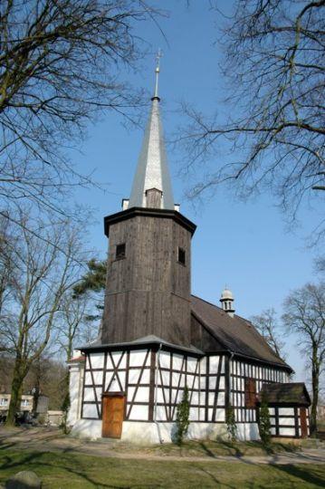 Kościół w Uzarzewie