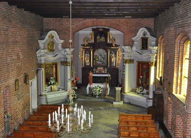 Wnętrze kościoła pw. św. Jakuba w Murowanej Goślinie