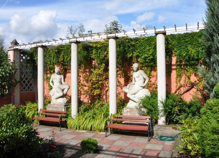 W ogrodzie Marcina Rożka w Wolsztynie