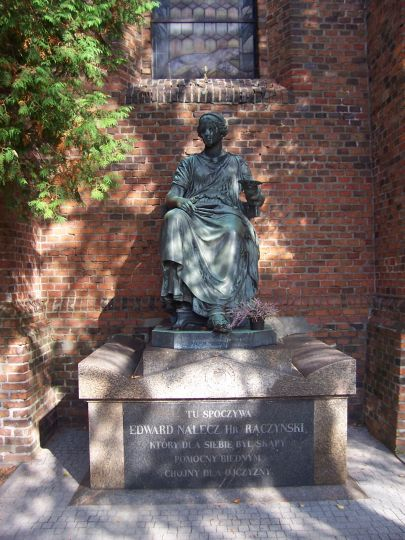 Pomnik na grobie E. Raczyńskiego w Zaniemyślu
