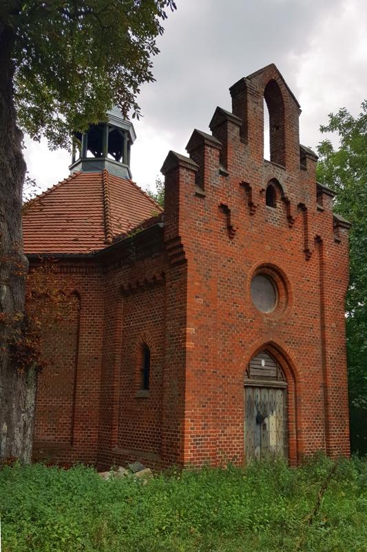 Herb Wielkopolskie Questy Karty z historii cmentarza. Lapidarium w Orzeszkowie